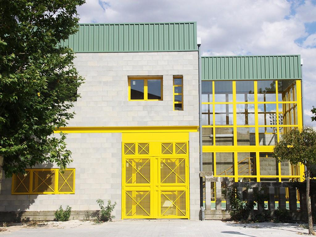 Puerta de aluminio Serie 2000