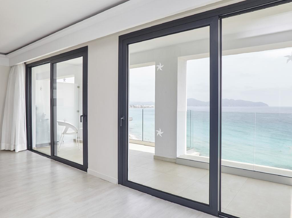 C mo afecta el color de las ventanas a tu decoraci n anusa for Colores ventanas aluminio lacado